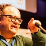 Gustavo Entrala en su charla enredada. Foto de Victoriano Izquierdo @victorianoi